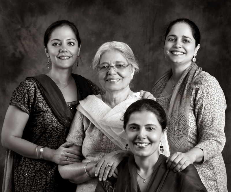 Harloena Srivastava with her Mom, Dasreeta Singh, and sisters Harsohena Kaur and Tripta Singh.