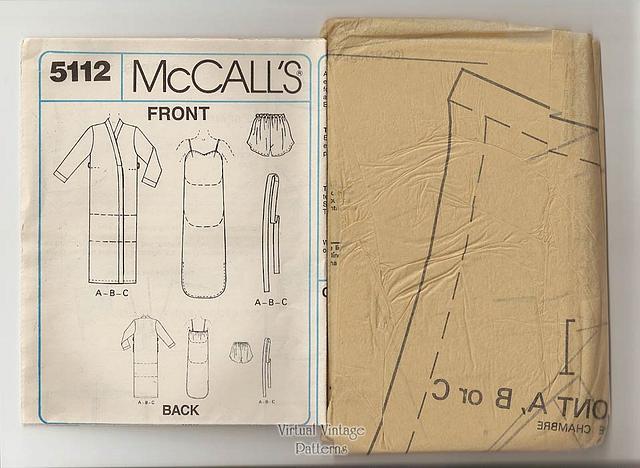Womens Sleepwear Pattern, McCalls 5112, Robe, Nightgown, Camisole, Bust 40-42, UC