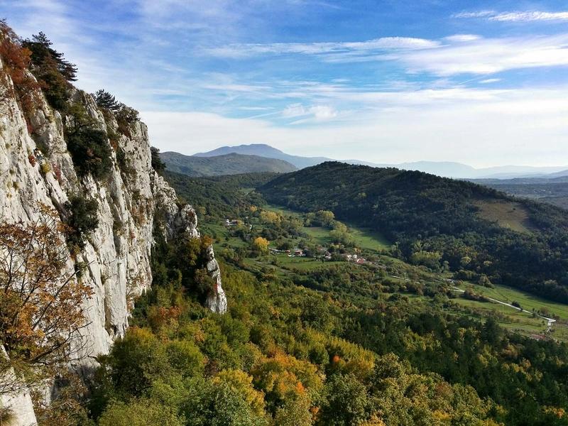 Rock climbing in Kompanj