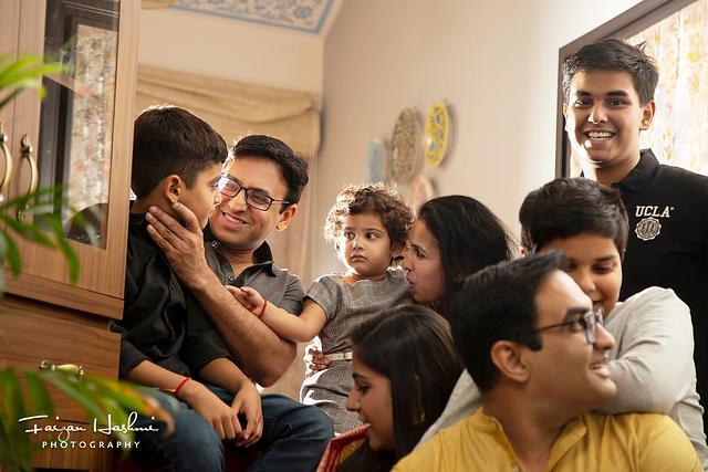 Richa _ Arihant _ Siddharth _Vasu_Robin Family moments