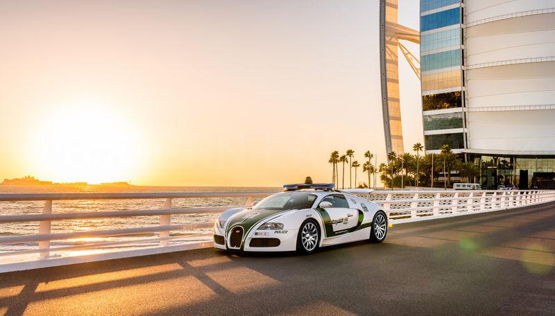 Dubai Police Bugatti Veyron | Burj Al Arab | Dubai
