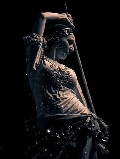 Bellydance in the Mirror 2015