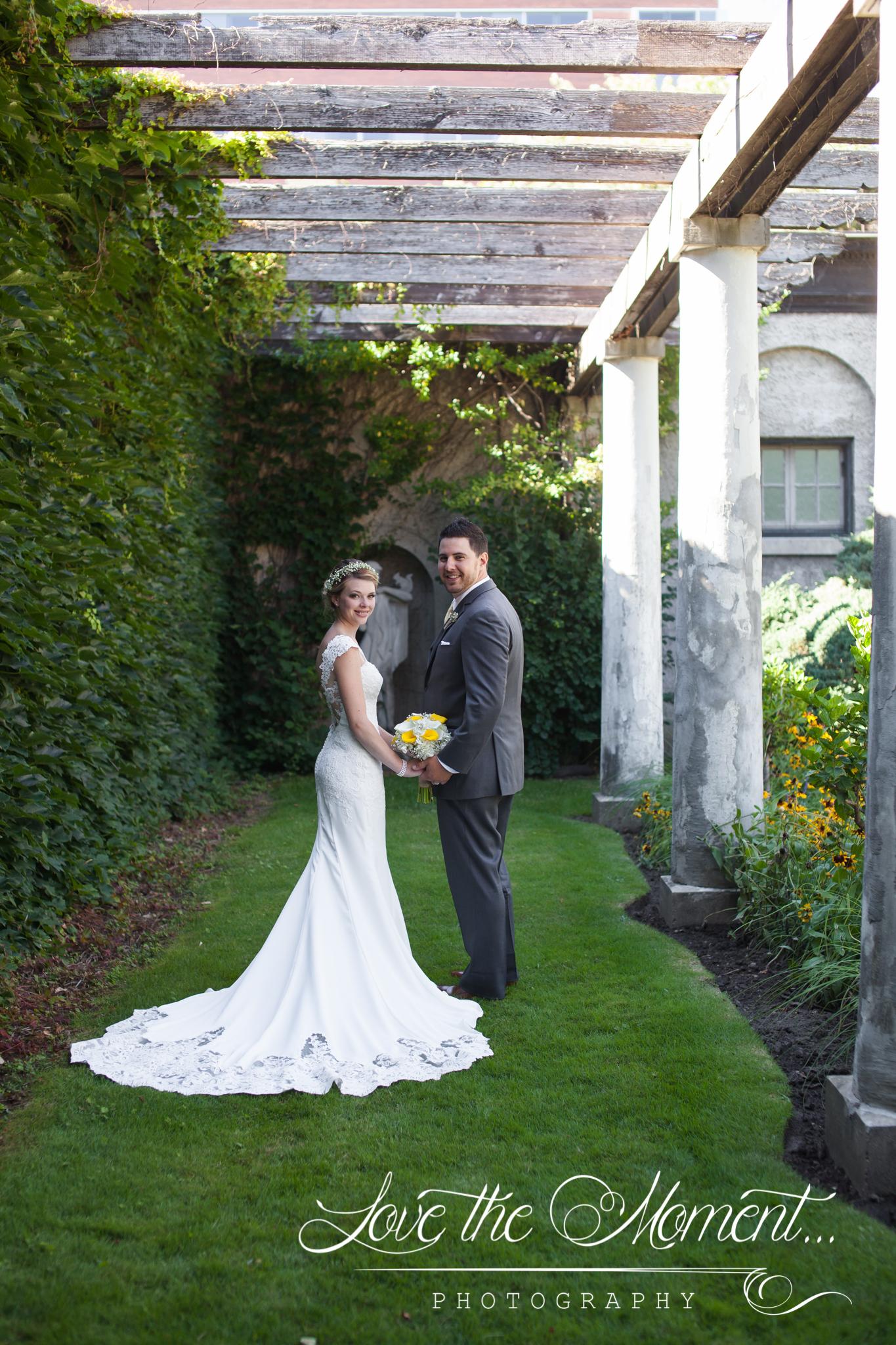 Luke and Lindsay August 2016- Elegant Parkwood Estate Wedding