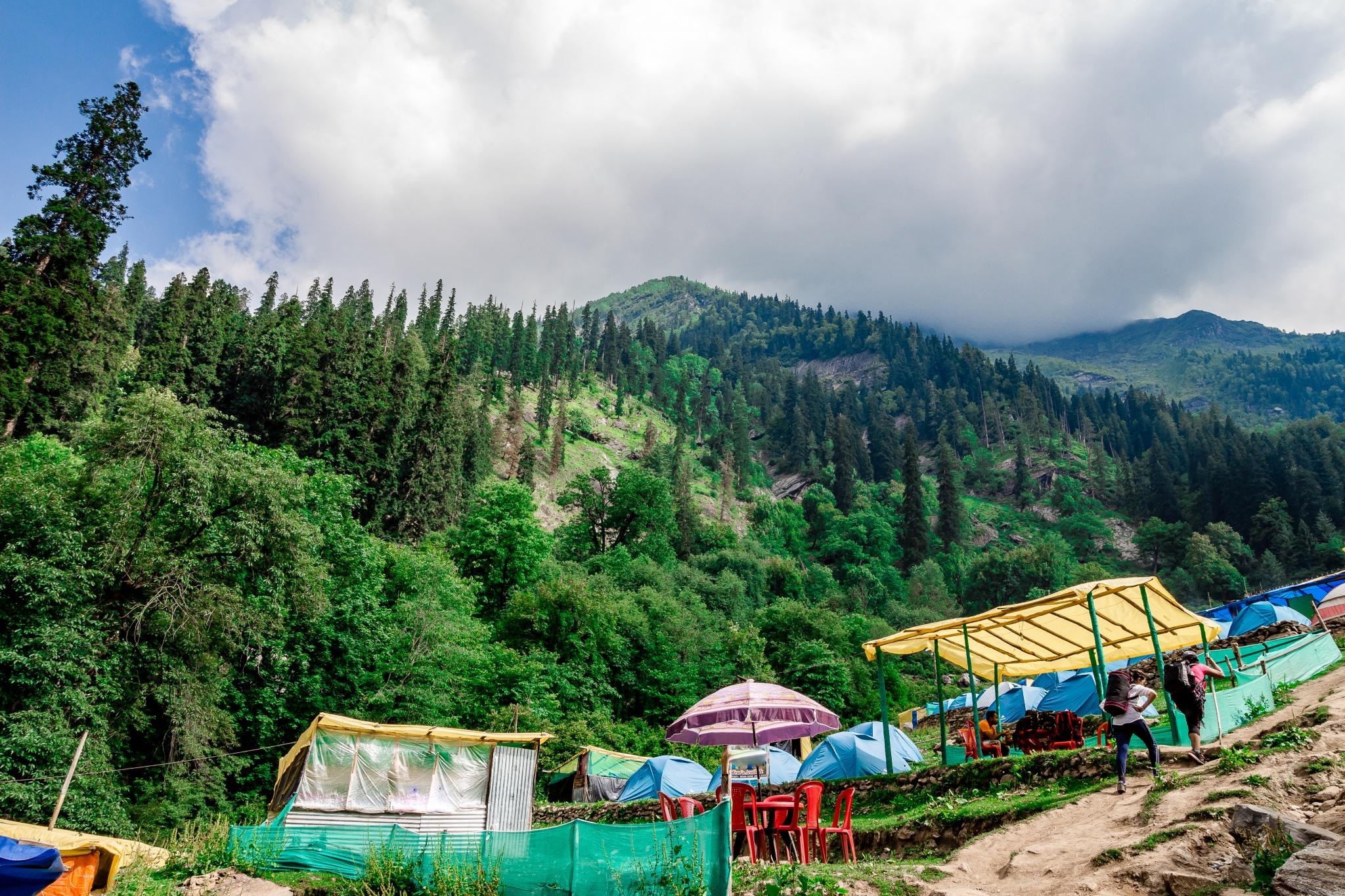 Ultimate Guide For Kheerganga Trek During Monsoon Season