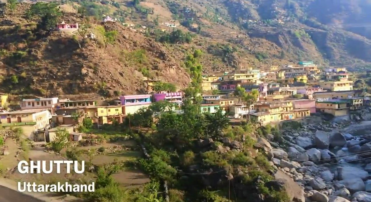 GHUTTU - A Small Himalayan Town Thriving on Innocence
