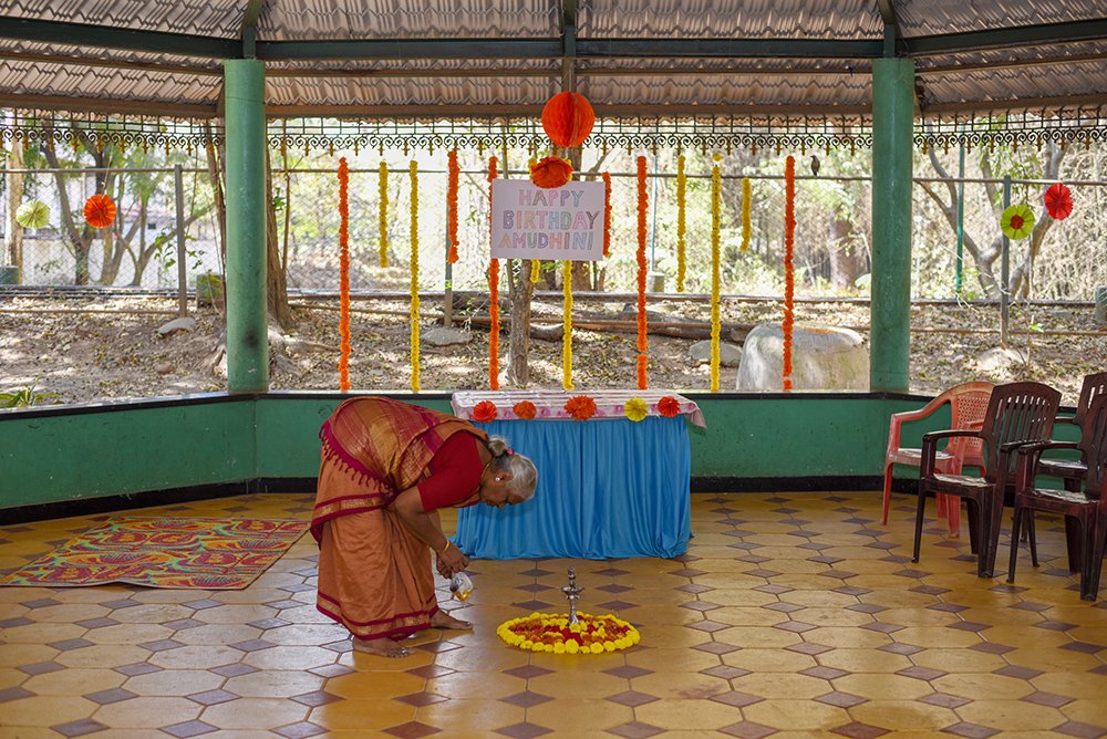 Kuthu Vilakku and Kolam