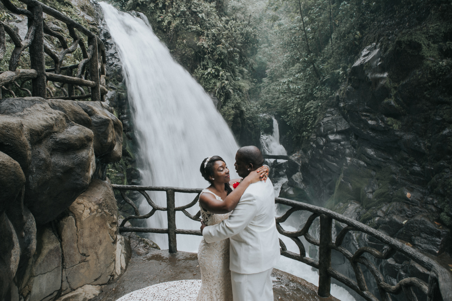 La Paz Waterfall Gardens Costa RIca Wedding Photographer