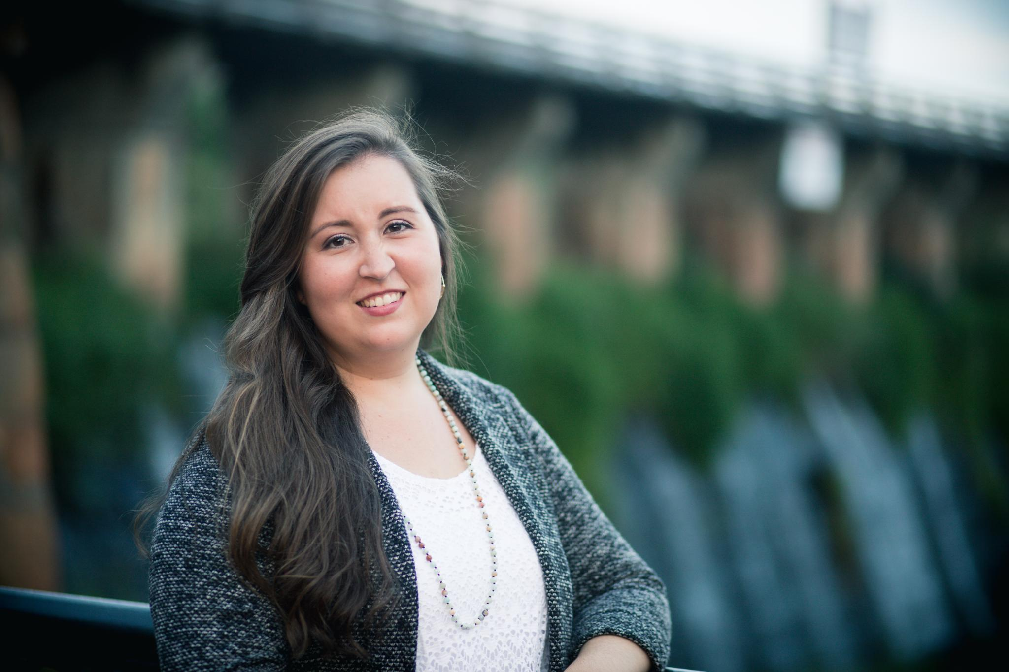 Professional Headshots: Elizabeth J.