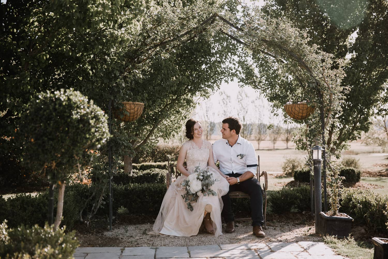 Rochelle + Cayson | Country Wedding