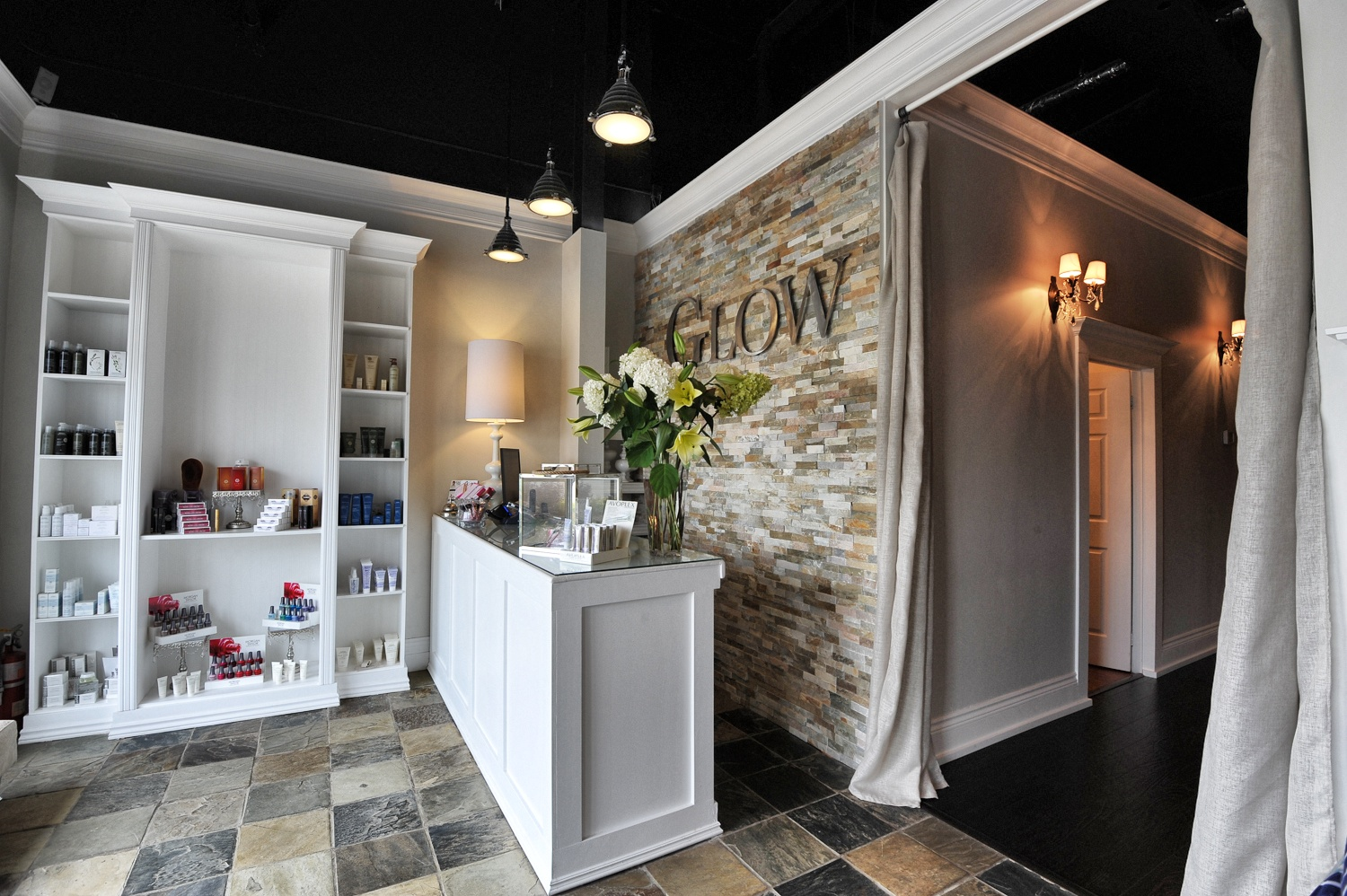 Current location Glow Day Spa Inc. Barrie, ON