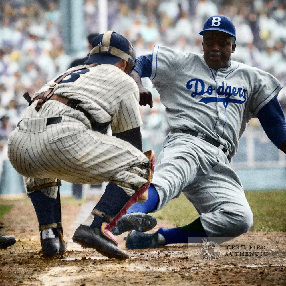 Yogi Berra (New York Yankees) and Jackie Robinson (Brooklyn Dodgers) - World Series (1955)
