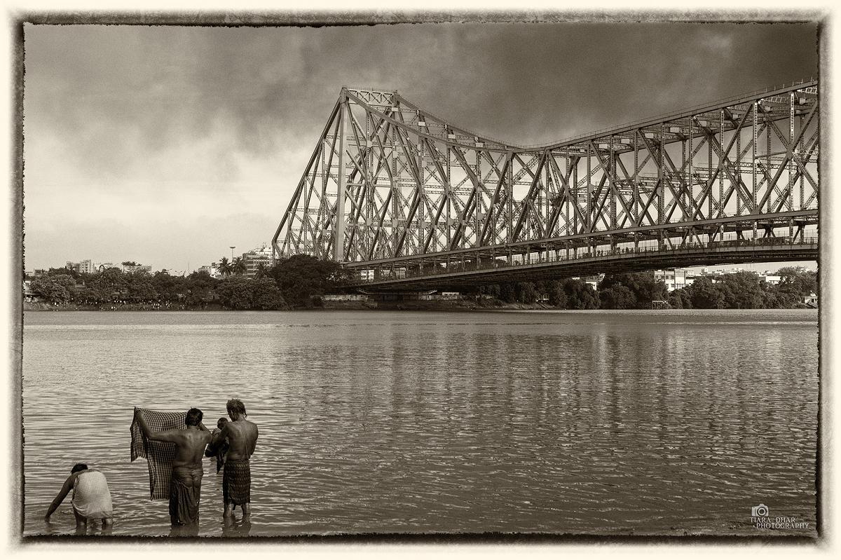 ©www.tiaradhar.com