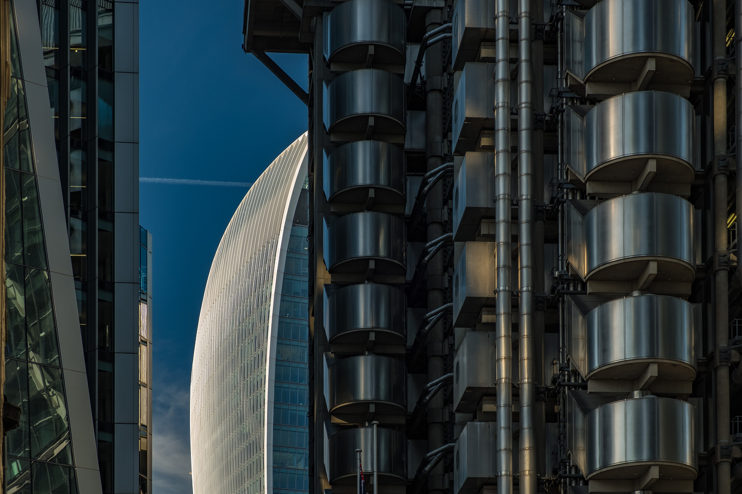 The Lloyds Building With Fenchurch Street Behind