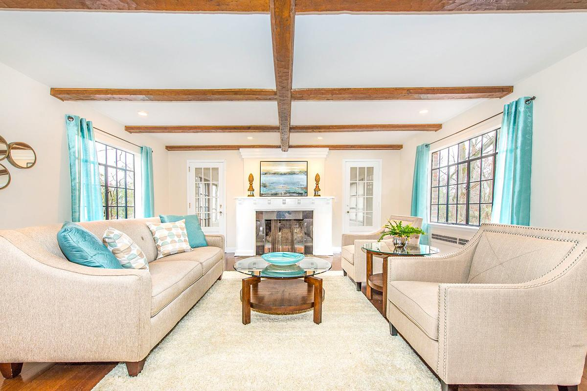Cindy Mussman (Principal of Home Stagings & Redesigns)