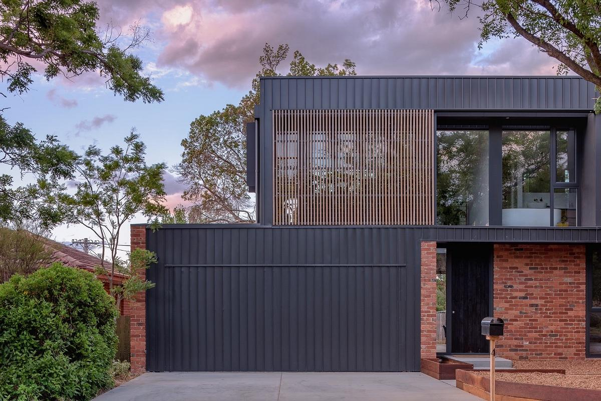 AB House, Hackett, Canberra, by Ben Walker Architects and Ewer Constructions