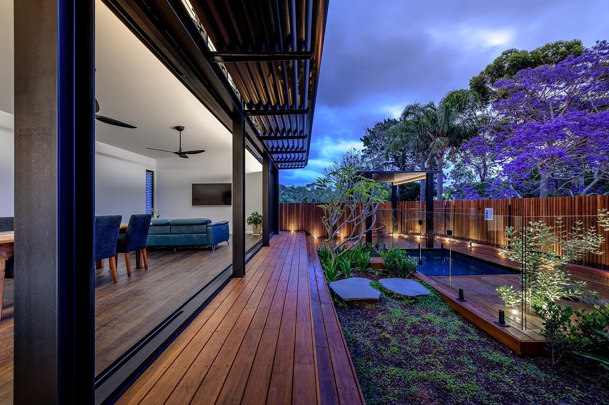 Gymea Bay Duplex, Cronulla, by Ironbark Architecture + Design, constructed by Build By Design