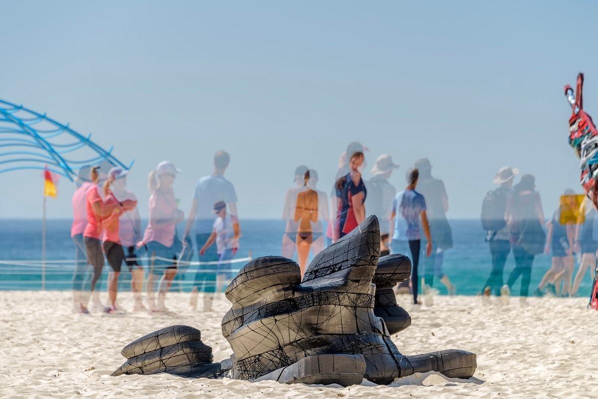 Shard 4 at Sculpture by the Sea, Tamarama, James Gardiner, Fahn Studio