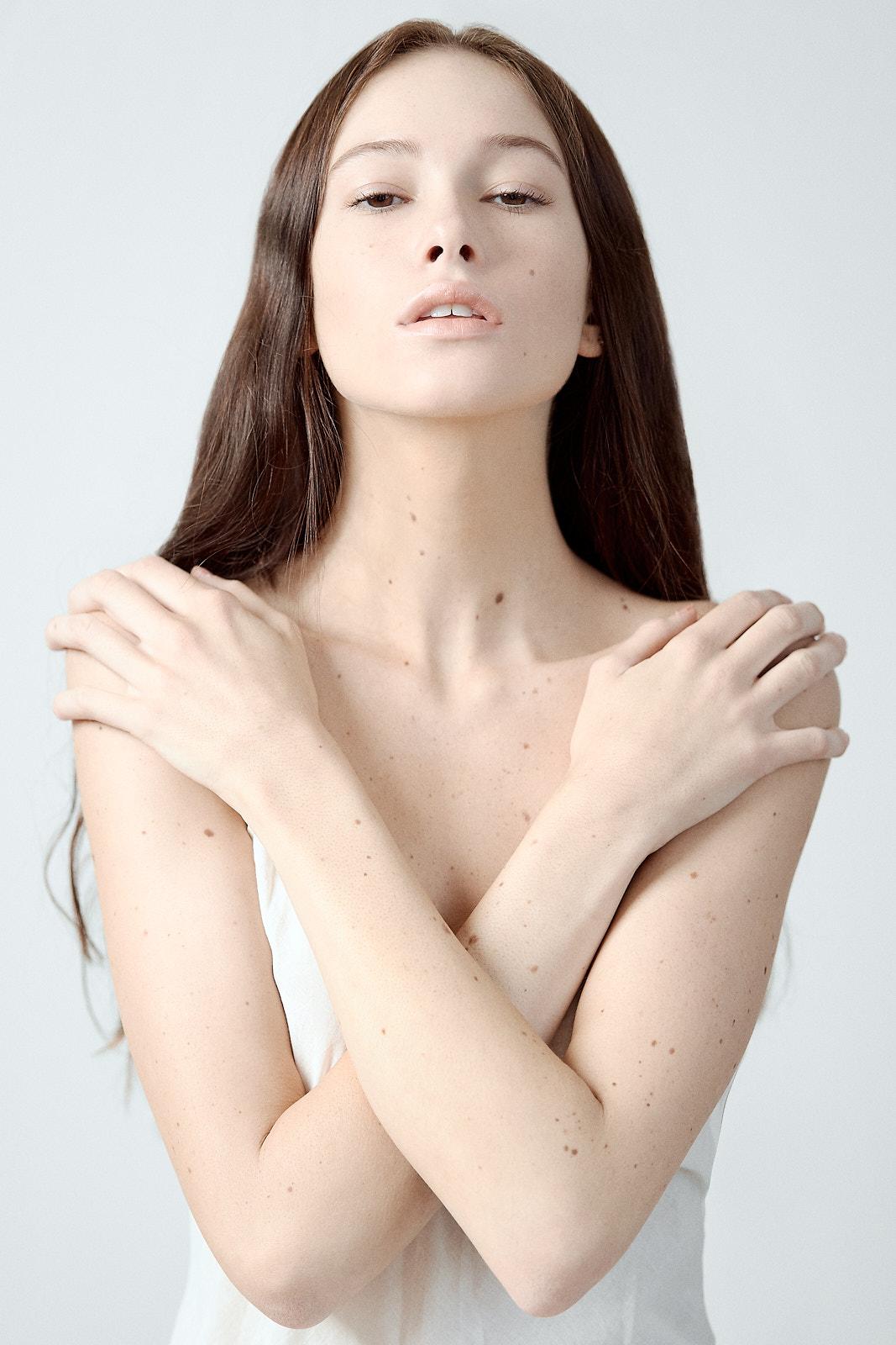Foto retrato mujer en estudio Barcelona