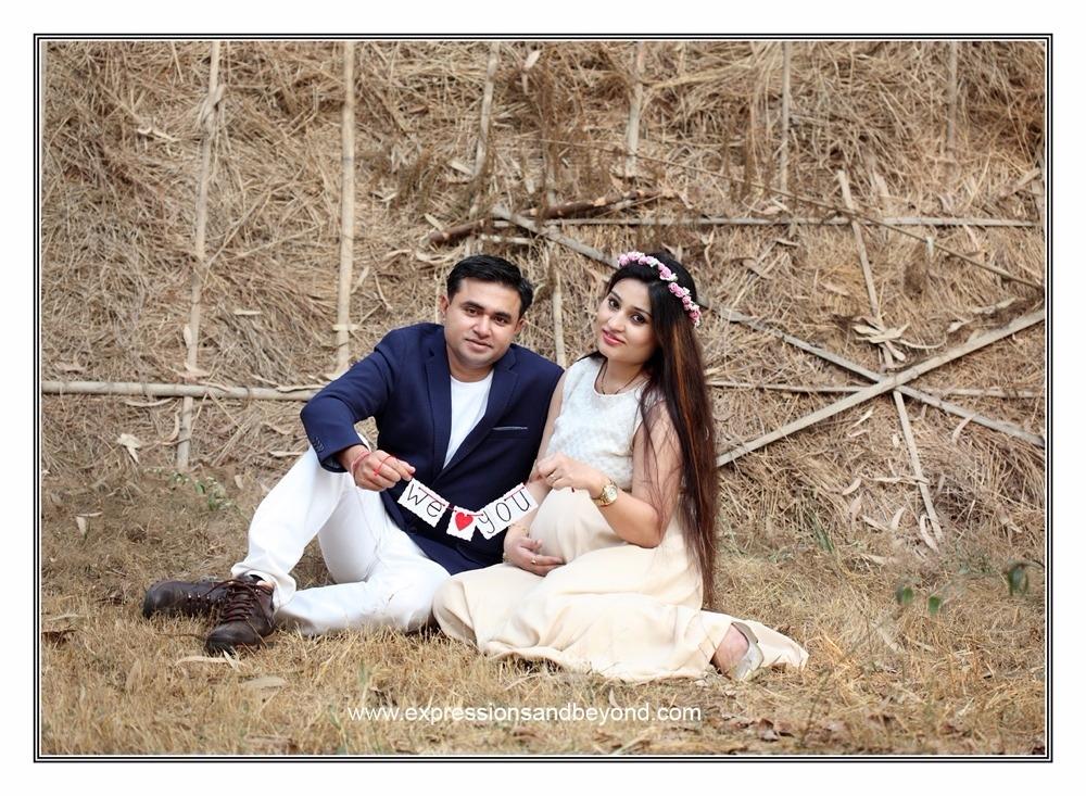 Best maternity portfolio photo shoot in delhi gurgaon noida outdoors