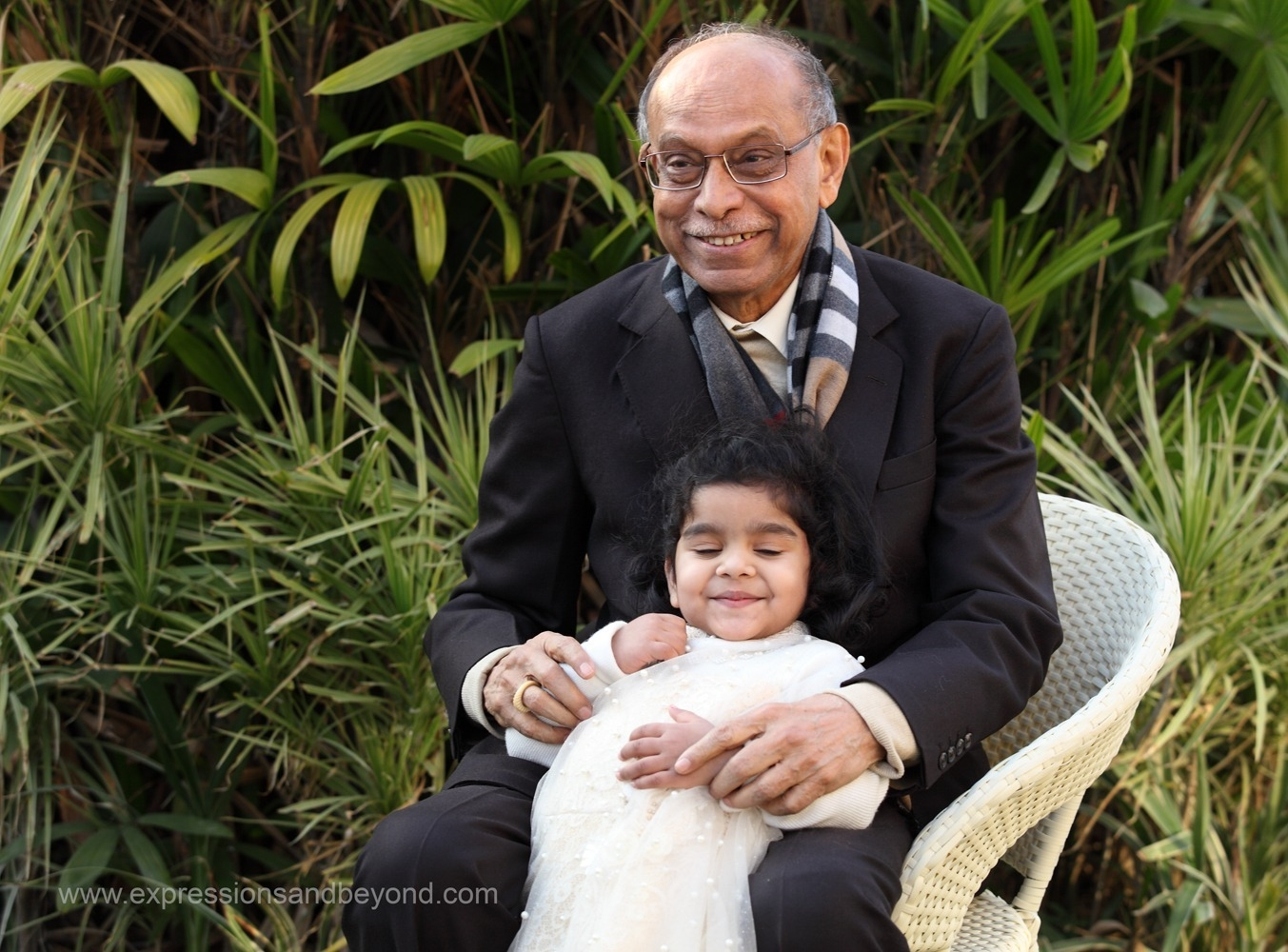 Family portraits photography delhi gurgaon noida