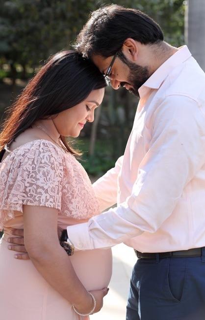 Maternity pregnancy portfolio photography delhi gurgaon noida