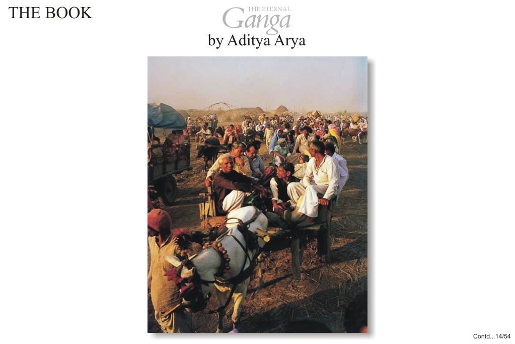 Pilgrims arriving at Garmuktesar, a small town in the Meerut district of Uttar Pradesh. Garhmuktesar is said to have been part of Hastinapur, the great city of Kauravas.
