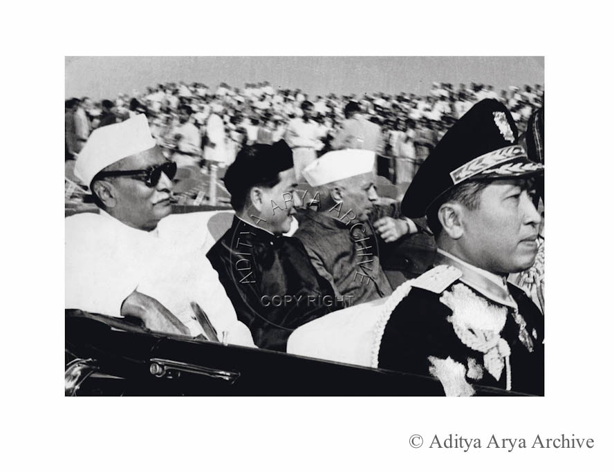 Ngo Dinh Diem, President of Veitnam, being received by Rajendra Prasad and Jawaharlal Nehru.1957