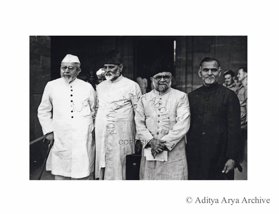 Nationalist Muslim leaders meeting the Cabinet Mission at the Viceregal Lodge.  Seen from R to L are Khwaja Abdul Majid, Sheikh Zahiruddin.Sheikh  Hisamuddin and Nafiz Ibrahim, minister United Provinces.Undated