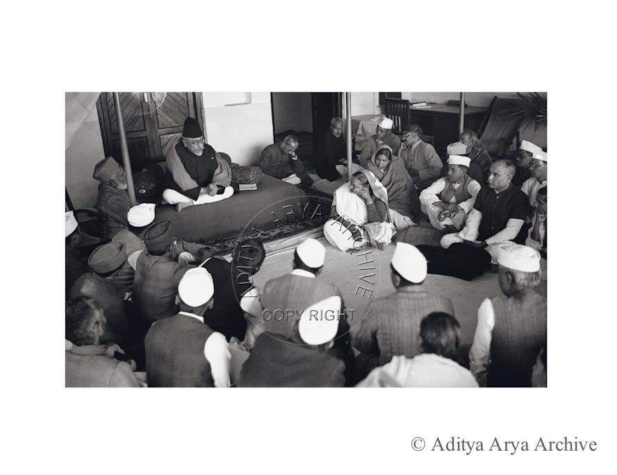 Maulana Azad Addressing a meeting. Undated