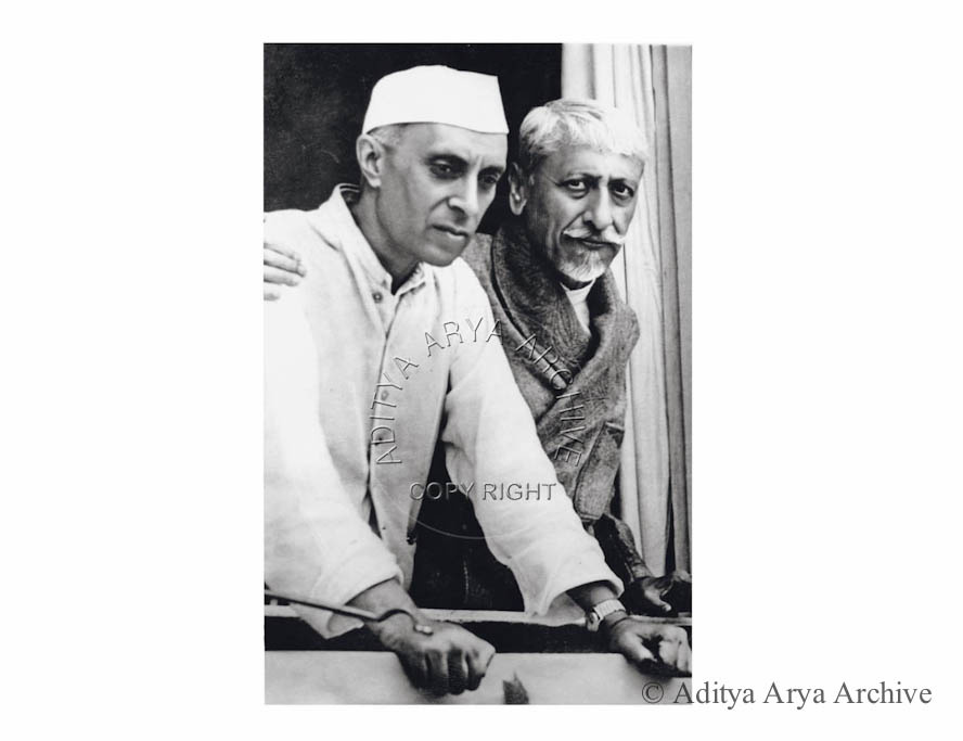Jawaharlal Nehru with Maulana Azad, Shimla.1945