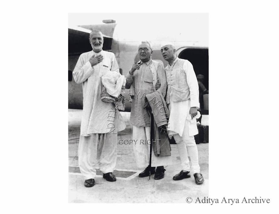 Jawaharlal Nehru, Khan Sahib and Khan Abdul Ghaffar Khan. Undated