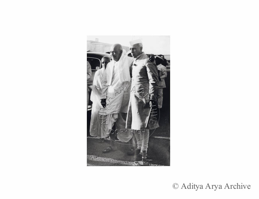Jawaharlal Nehru with Sardar Patel and Mani behn.1950