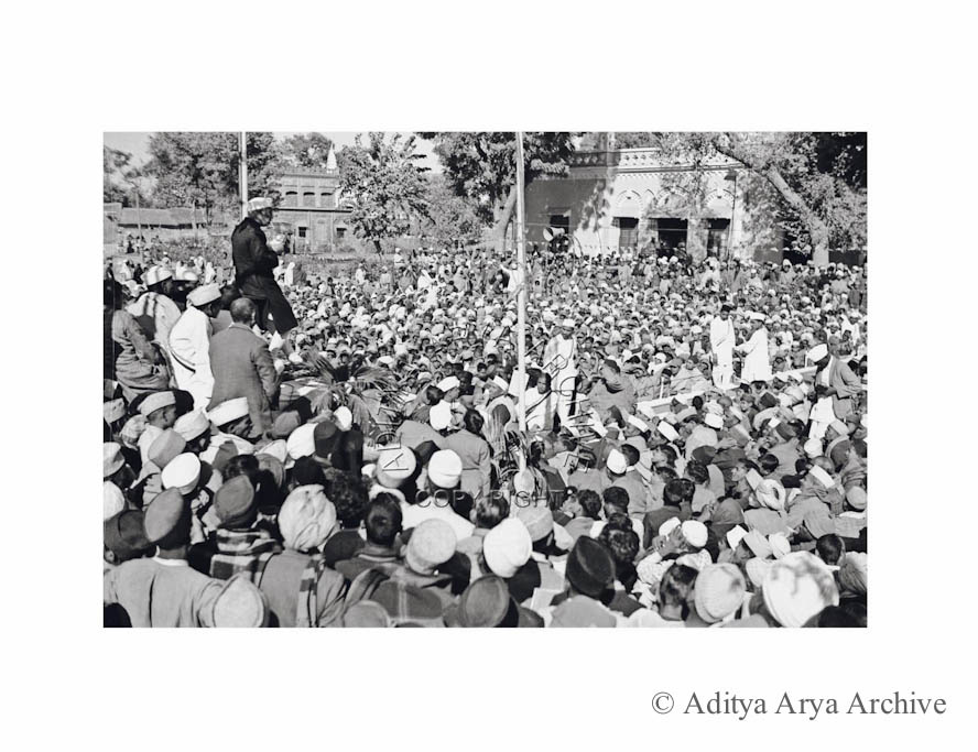 Jawaharlal Nehru addressing a public meeting. Undated