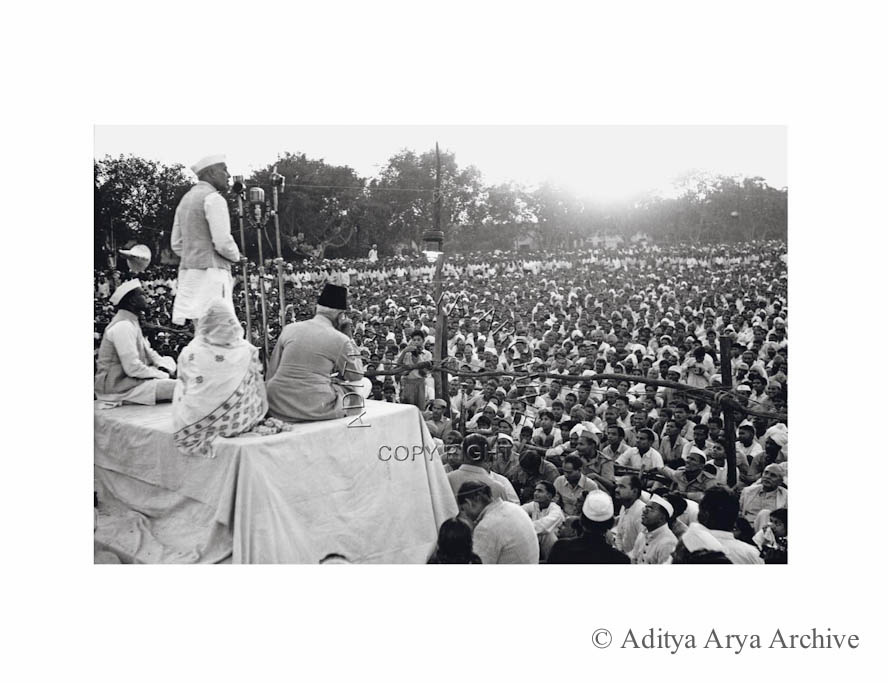 Jawaharlal Nehru addressing a public meeting on the occasion of Gandhi Jayanti   