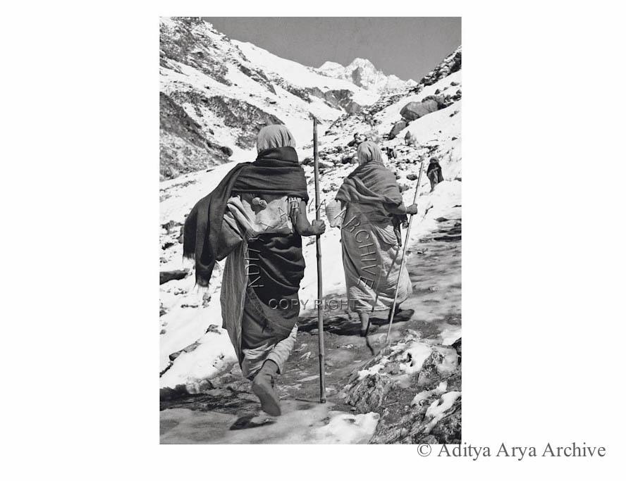 On the way to Kedarnath.1950s