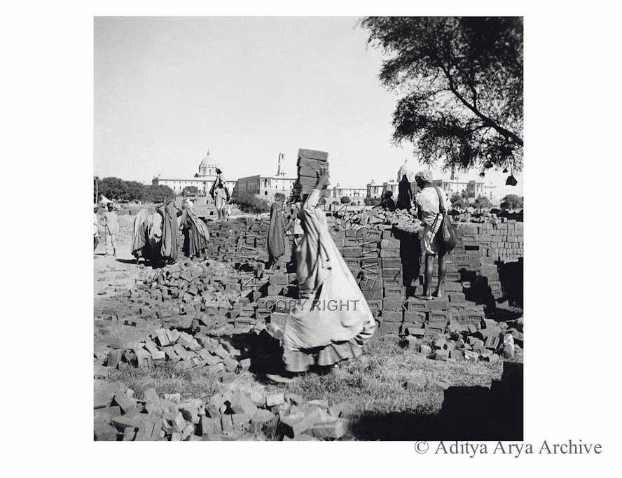 Construction workers at Lutyen Delhi. 1950s