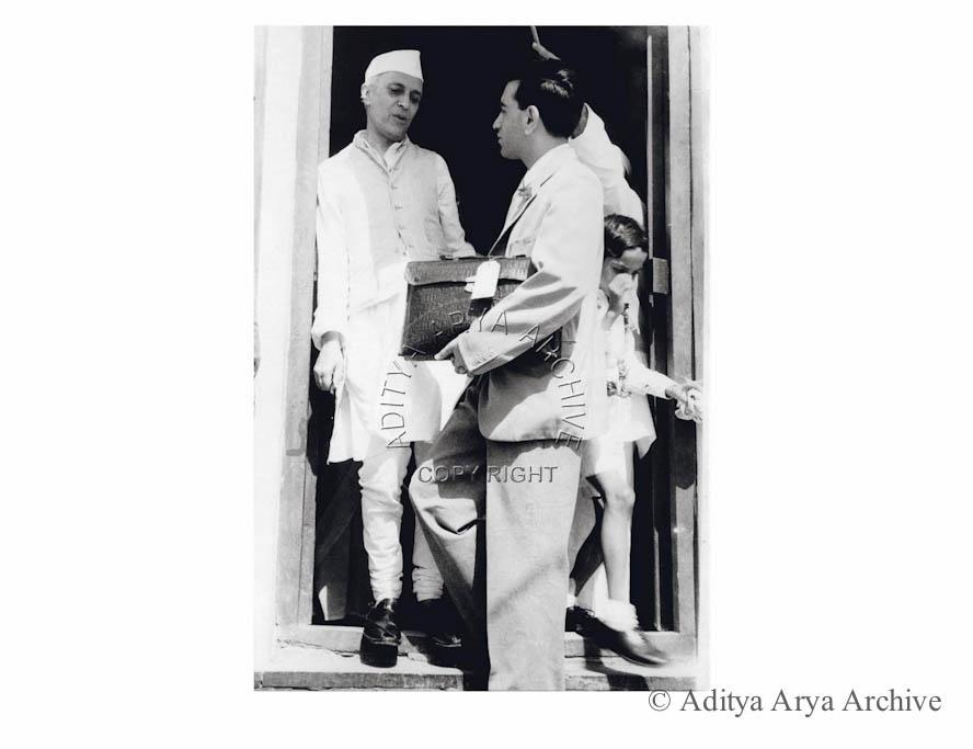 Jawaharlal Nehru receiving a visitor. Undated
