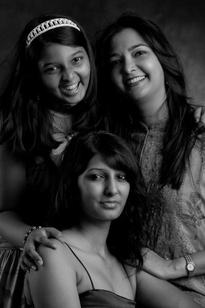 Priti Sood and her daughters, Irna and Oraya.