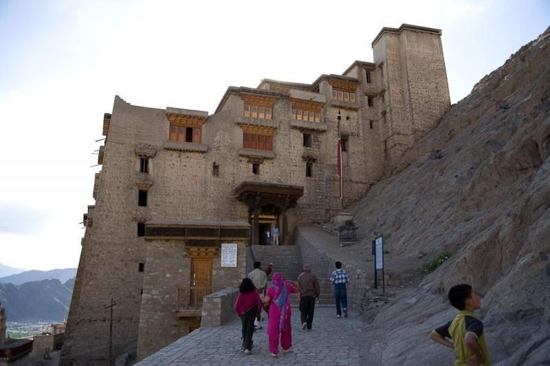 leh palace, leh, 2008