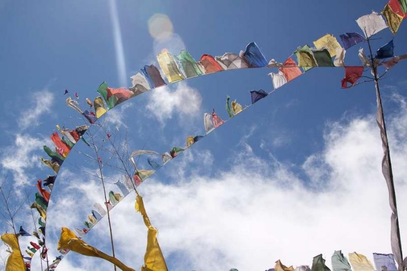 prayer flags, sela pass, arunachal, 2010