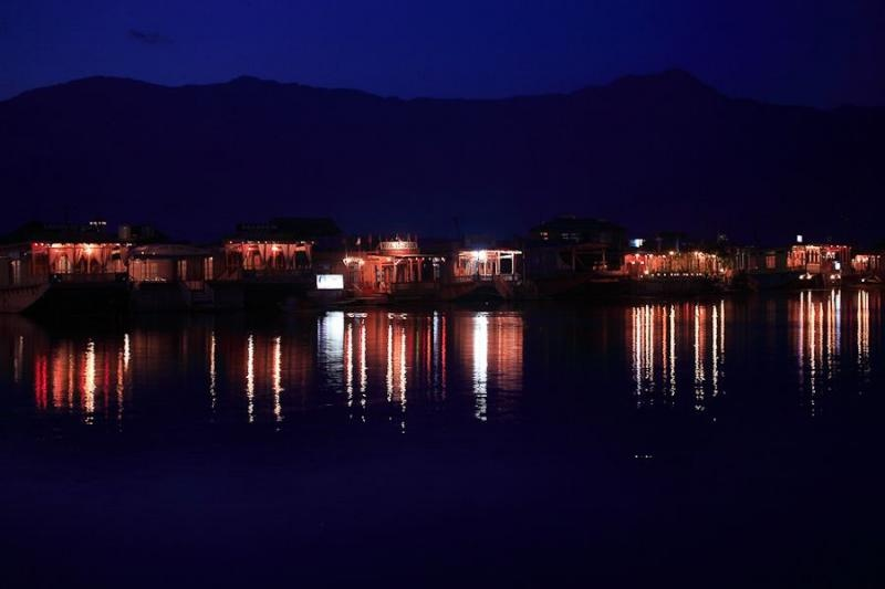 houseboats at dal lake, srinagar, 2008