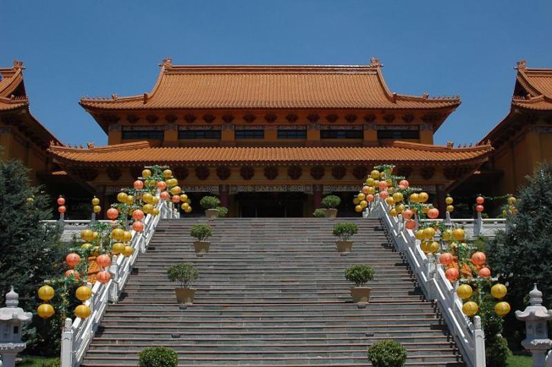 buddhist monastery, sydney, 2006