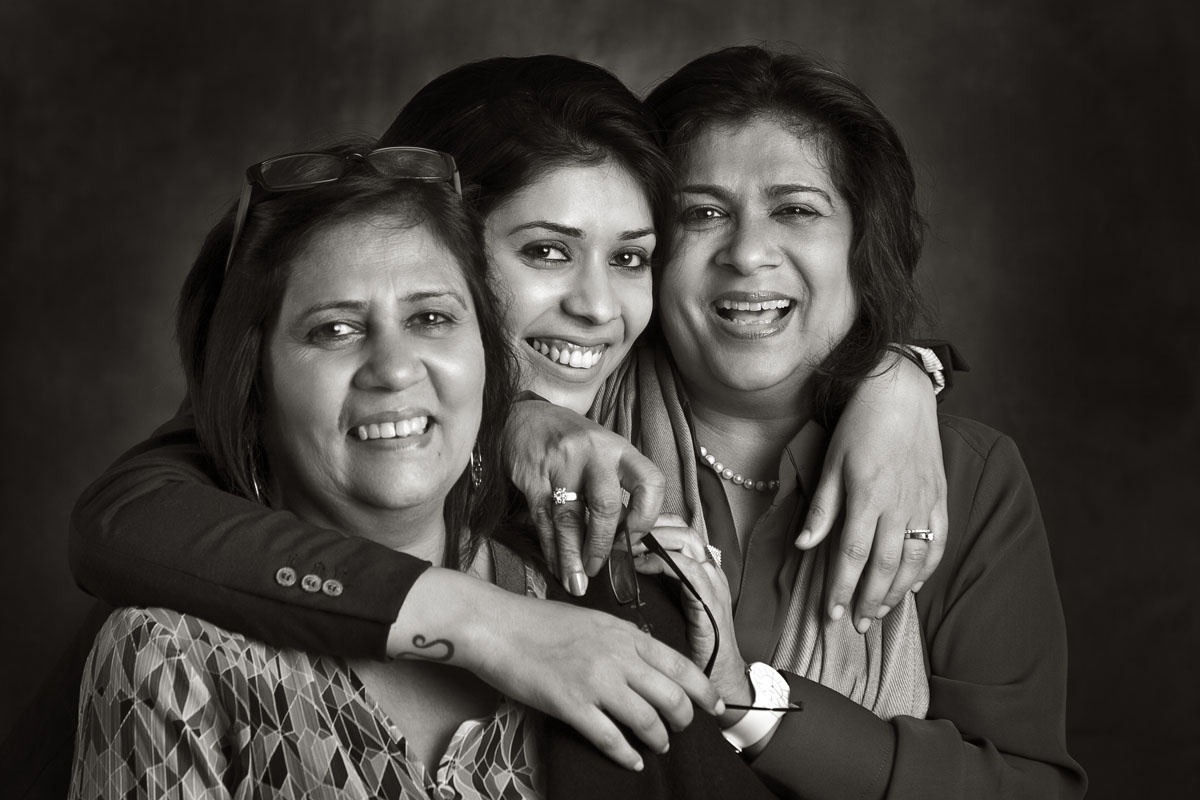 Pammi Hastu with her daughter, Kaisha and sister, Ritu Maraj.