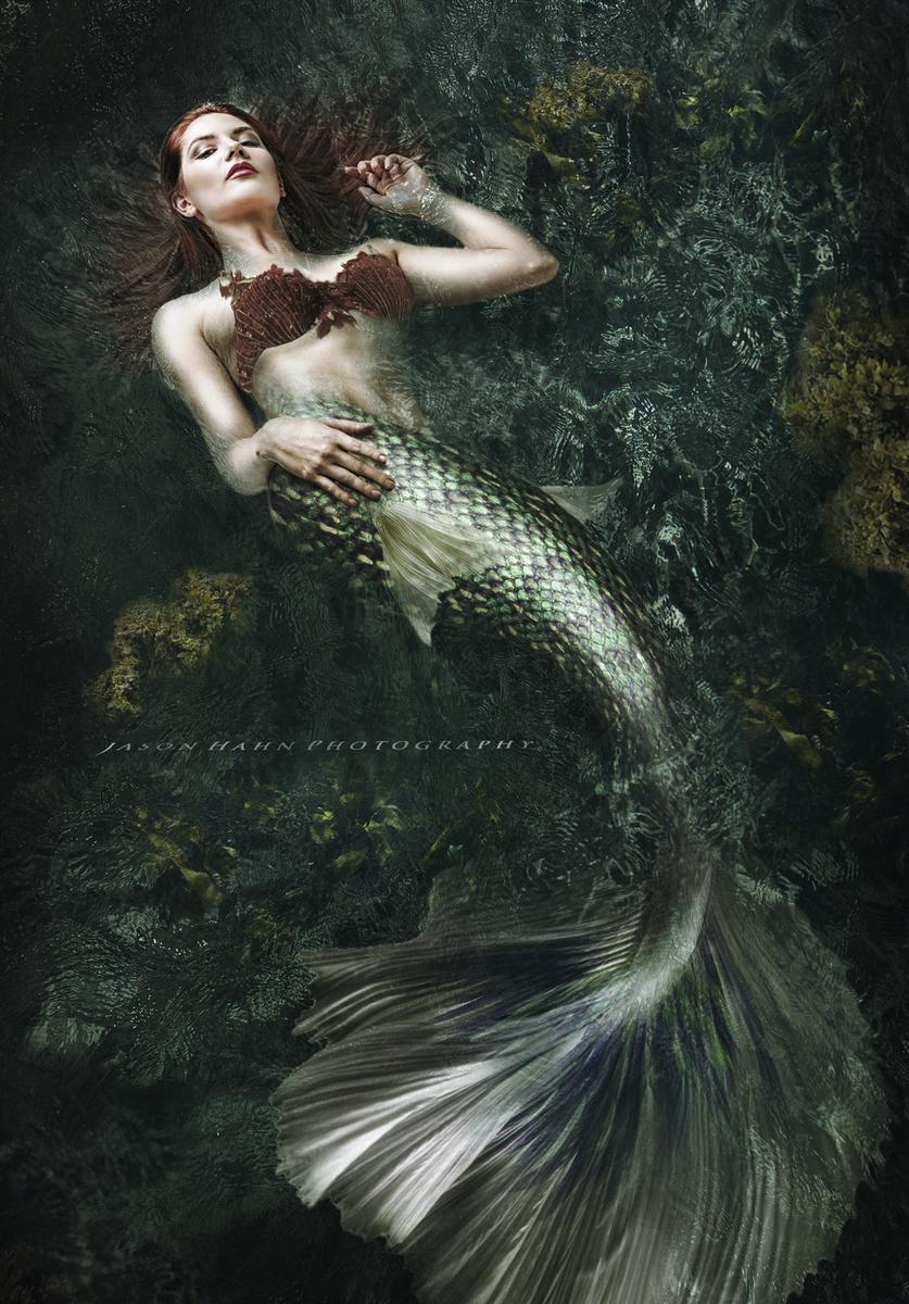 Siren Model: Aurora O'brien