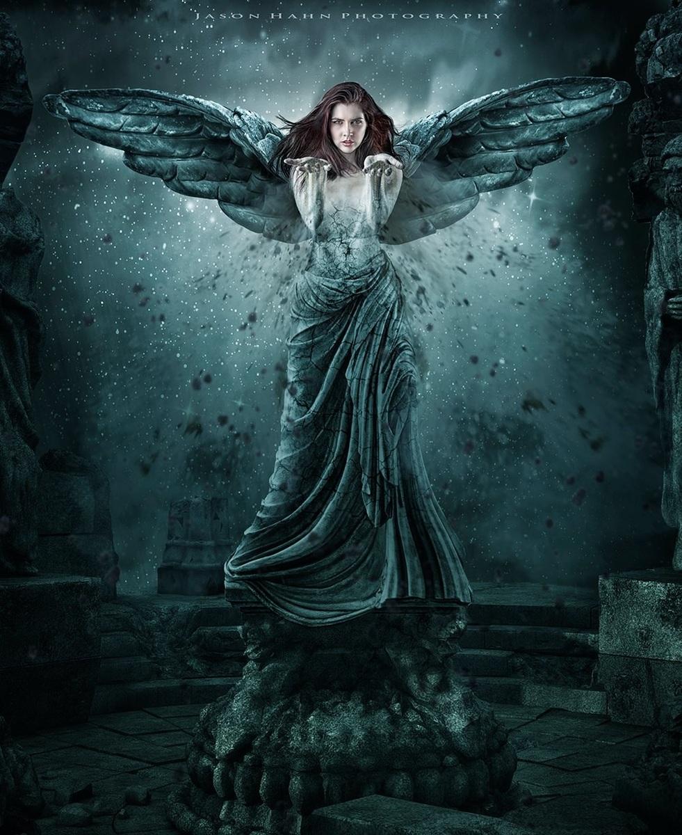 Greek Goddess Model: Aurora O'brien