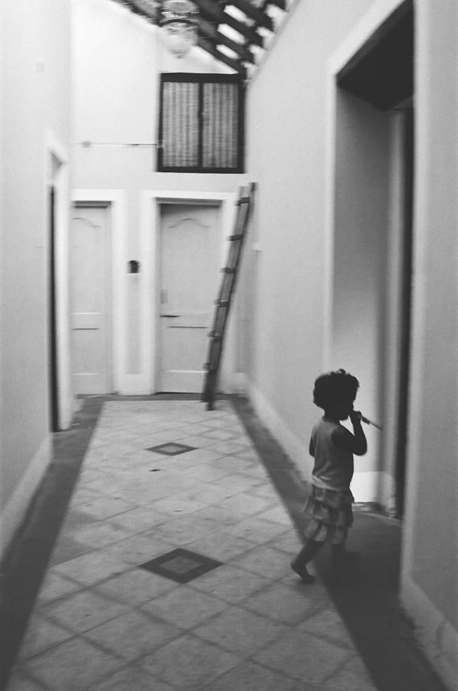 Little Girl in the Lobby, Goa 2011   Edition 1 of 2