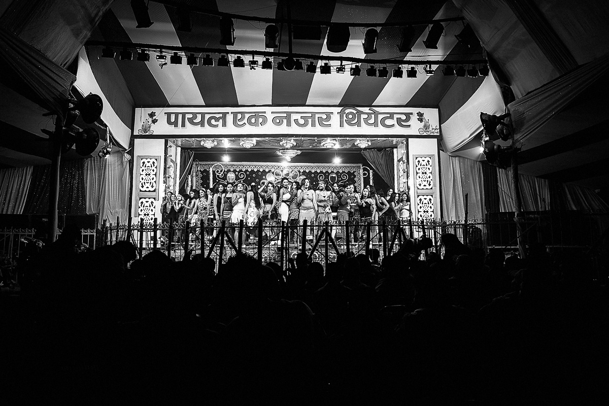 one of the scores of theatres that entertain visitors to the Sonepur cattlefair. Around 50 to 70 girls dance on this stage from 5 pm to 11 pm. Weekends draw a lot of crowd, including VIPs, from Patna, which is just 25 km away.