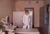 Rimma Anchipalovskaya, 56, radiologue de Centre de diagnostic, dans son cabinet a Moscou, le 12 décembre, 2014. Dans ce centre qui va ferme a la suite des reformes on diagnostic les maladie aussi grave que la sclérose en plaque, la maladie de Parkinson, etc. Rimma a déjà l'age de prendre la retraite, et a la déjà des offres pour travailler dans les cliniques privées, donc elle n'a pas peur de se manifester contre la reforme.