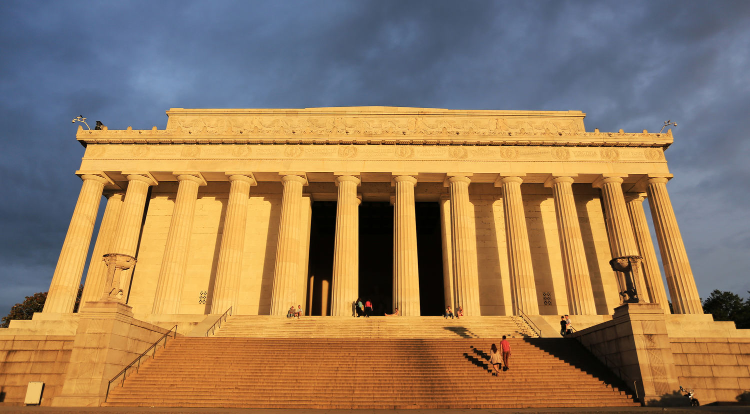 Lincoln Memorial at sunrise, Washington D.C.