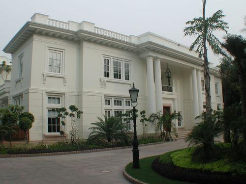 Residence in Amrita Shergill Marg